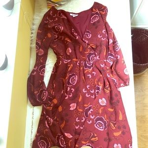 Long maroon autumnal dress with peasant sleeve